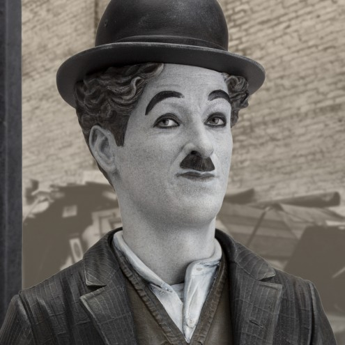 Charlie Chaplin A Dog's Life limited-edition resin statue - 13