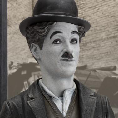Charlie Chaplin A Dog's Life limited edition - dettaglio viso