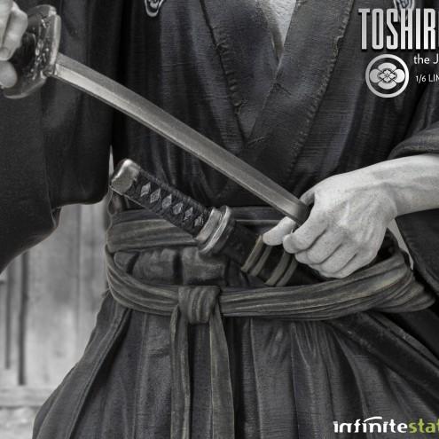 Toshiro Mifune Old&Rare 1/6 Resin Statue - particolare spada