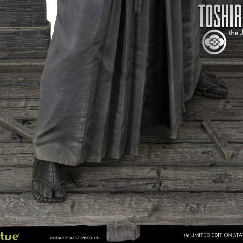 Toshiro Mifune 1/6 Limited-Edition resin statue-13