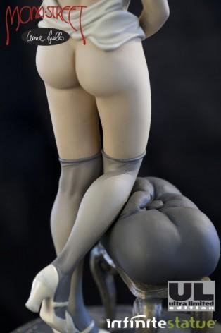 Statua di Mona Street UL colorazioneseppia - 3