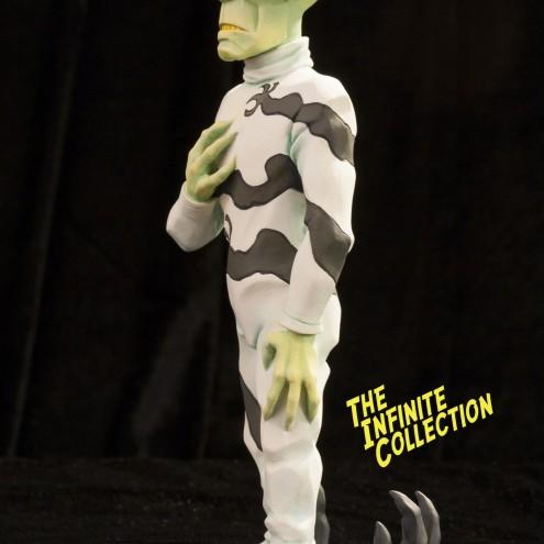 Rat-Man Infinite Collection | The statue ofJanus Valker - 2