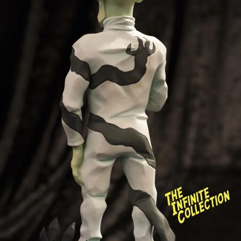 Rat-Man Infinite Collection | The statue ofJanus Valker - 3