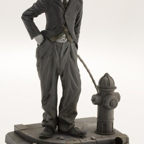Statua del personaggio del Vagabondo di Charlie Chaplin - 9