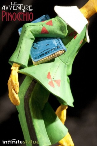 Statua in resina di Pinocchio rifinita e dipinta mano - 3