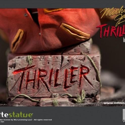 The statue ofMichael Jackson's Thriller -6