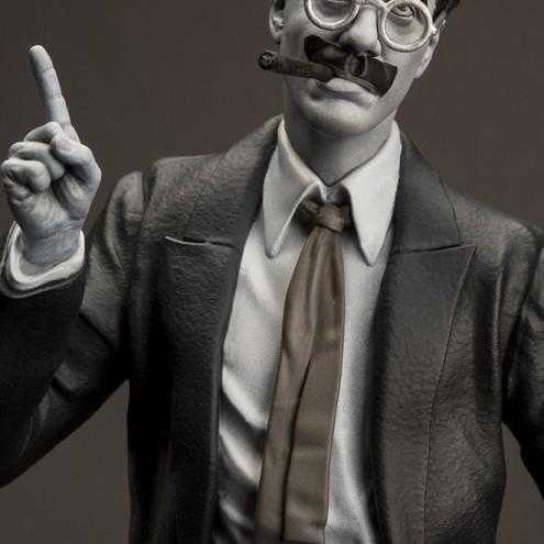 Statua di Groucho Marx un gigante della risata - 1