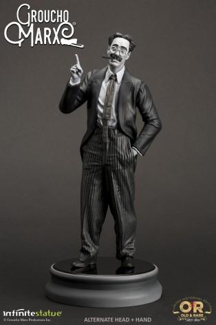 Statua di Groucho Marx un gigante della risata - 5