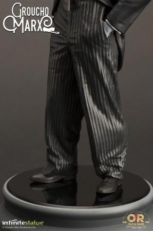 Statua di Groucho Marx un gigante della risata - 11