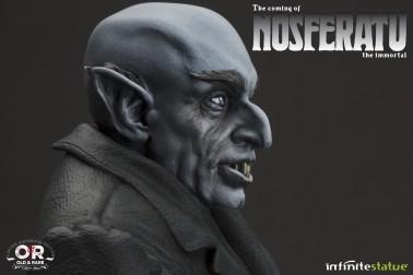 The coming of Nosferatustatua in formato 1:4 con diorama - 9
