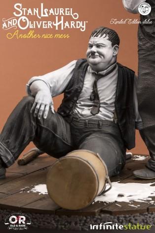 "Statua di Laurel & Hardy ""Another nice mess"" - 3"