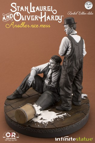 "Statua di Laurel & Hardy ""Another nice mess"" - 7"