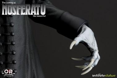 The coming of Nosferatustatua in formato 1:4 con diorama - 14