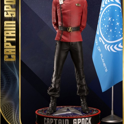 1:3 Museum Quality statue of Leonard Nimoy as Captain Spock - 4