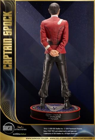 Leonard Nimoy nei panni celebre Capitano Spock - statua-7