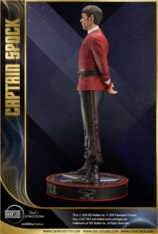 Leonard Nimoy nei panni celebre Capitano Spock - statua-8