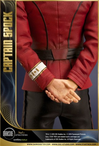 Leonard Nimoy nei panni celebre Capitano Spock - statua-12