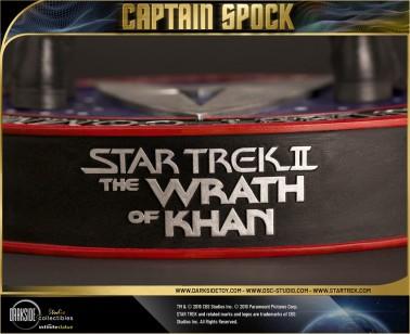 Leonard Nimoy nei panni celebre Capitano Spock - statua-13