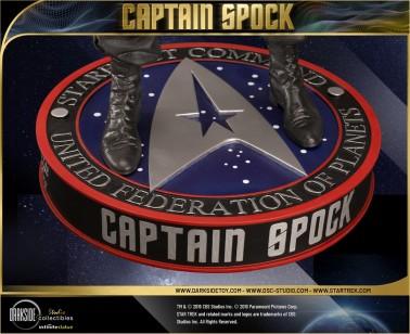 Leonard Nimoy nei panni celebre Capitano Spock - statua-15