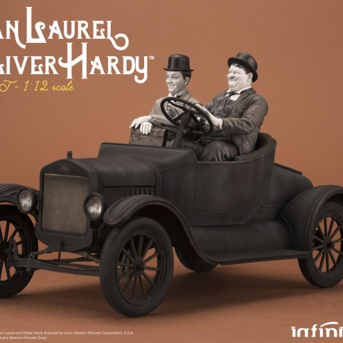 Laurel & Hardy on Ford Model T 1:12 scale resin statue - 2