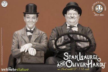 Laurel & Hardy on Ford Model T 1:12 scale resin statue - 6