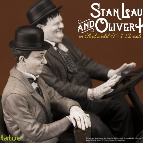 Laurel & Hardy on Ford Model T 1:12 scale resin statue - 12
