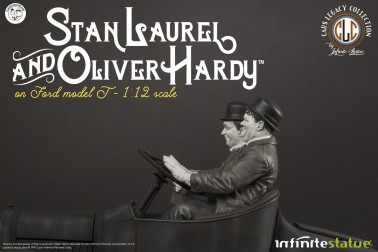 Laurel & Hardy on Ford Model T 1:12 scale resin statue - 19