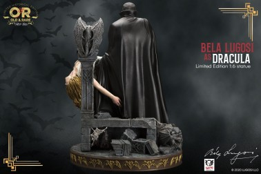 Bela Lugosi as Dracula limited-edition resin statue - 4