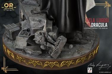 Bela Lugosi as Dracula limited-edition resin statue - 9