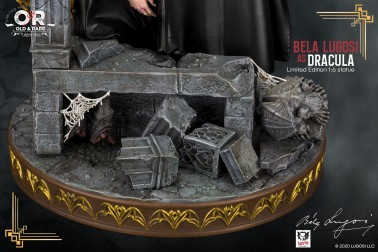 Bela Lugosi as Dracula limited-edition resin statue - 10