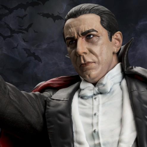 Bela Lugosi as Dracula limited-edition resin statue - 15