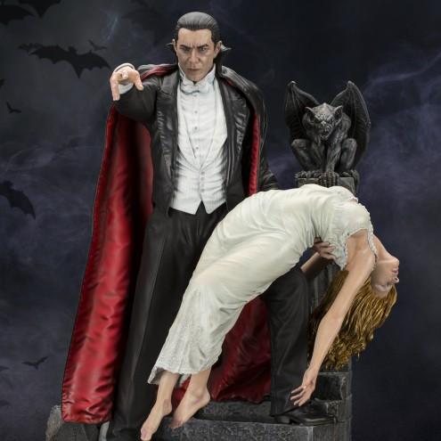 Bela Lugosi as Dracula limited-edition resin statue - 16