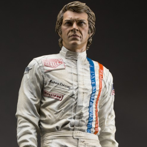 Limited edition statue tribute to the great Steve McQueen - 15