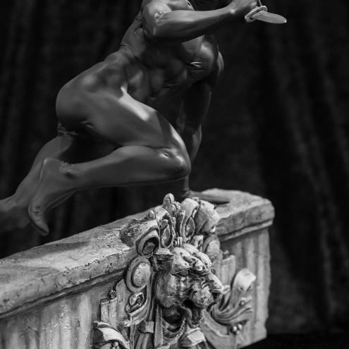 Statua da collezione diDiabolik in edizione Ultra Limited - 3