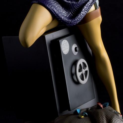 Statua di Fujiko Mine - 14