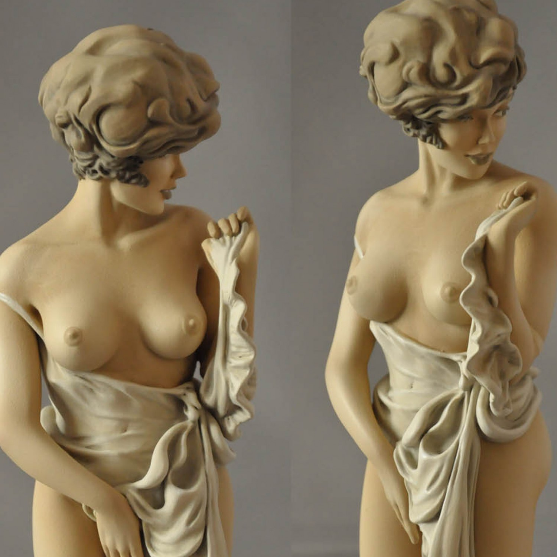 The statue of Mona Street UL sepiacolouration - 10