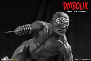 Statua da collezione diDiabolik in edizione Ultra Limited - 6