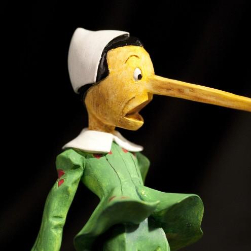 """Statua di Pinocchio versione """"La bugia"""" - 6"""
